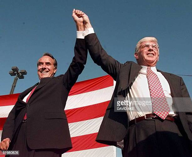 Republican presidential candidate Bob Dole and vice presidential candidate Jack Kemp arrive for a welcoming rally in San Diego California 14 October...