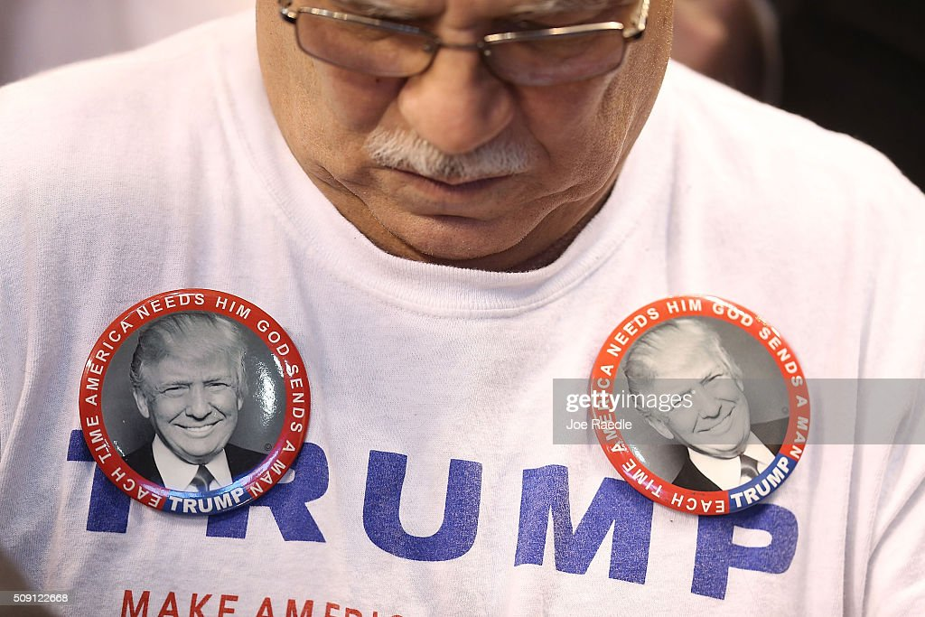 Donald Trump Campaigns Across New Hampshire Ahead Of ...