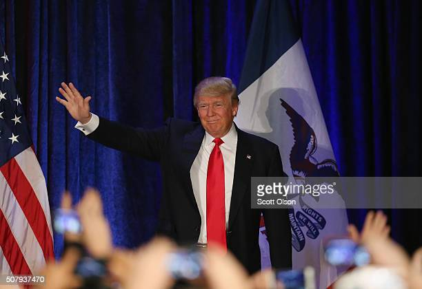 Republican presidential candidate Donald Trump speaks at his Iowa Caucus night gathering February 1 2016 in Des Moines Iowa Sen Ted Cruz has won the...