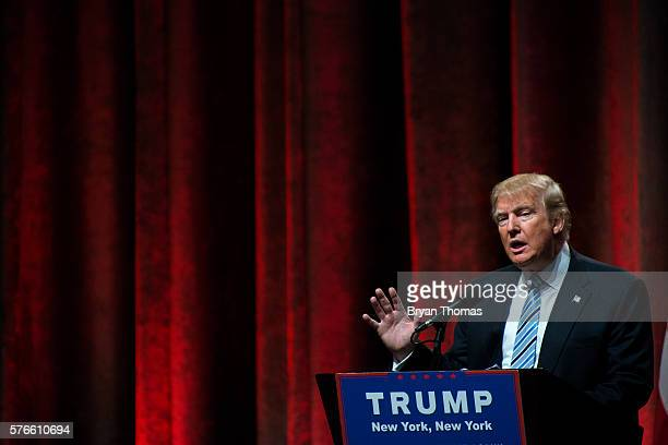 Republican presidential candidate Donald Trump speaks before introducing his vice presidential running mate Indiana Gov Mike Pence at the New York...