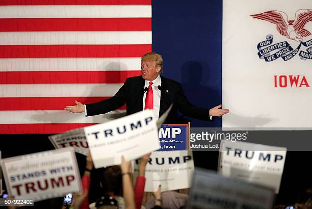 Republican presidential candidate Donald Trump speaks during a campaign event at the US Cellular Convention Center February1 2016 in Cedar Rapids...