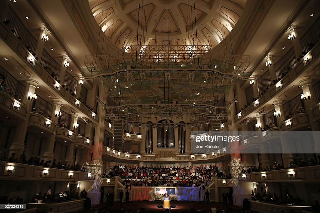 Republican presidential candidate Donald Trump speaks during a campaign stop at the Palladium at the Center for the Performing Arts on May 2, 2016 in Carmel, Indiana. Trump continues to campaign leading up to the Indiana primary on May 3.