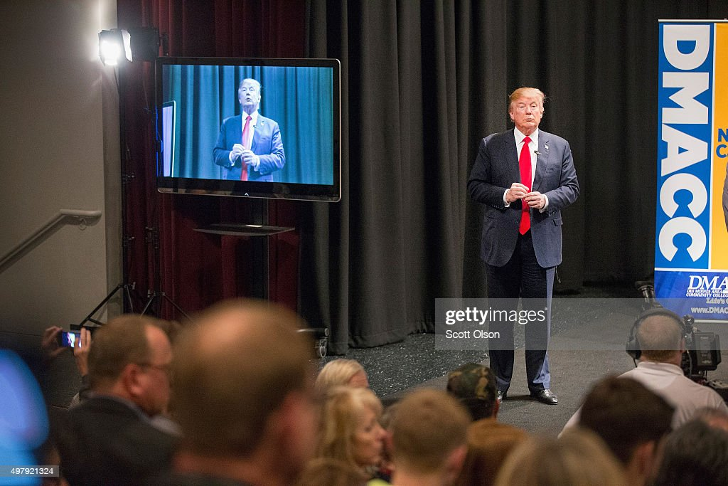 Republican presidential candidate Donald Trump speaks to guests following a town hall meeting at Des Moines Area Community College Newton Campus on November 19, 2015 in Newton, Iowa. Trump is currently leading the race for the Republican presidential nomination in Iowa.