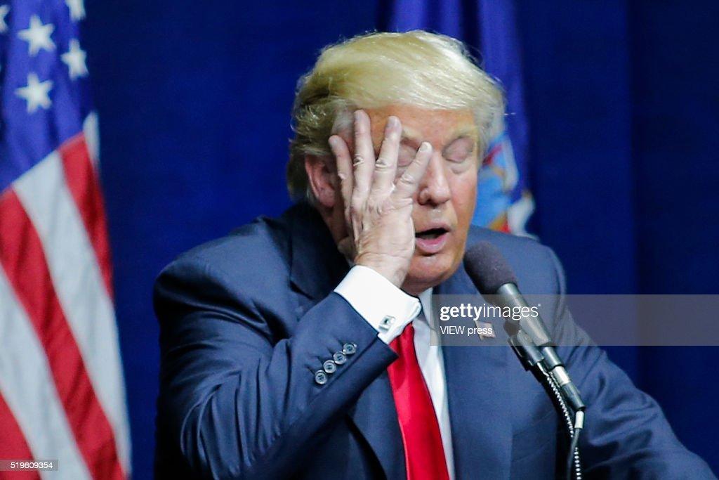 pictures donald trump born
