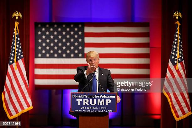 Republican presidential candidate Donald Trump speaks to veterans at Drake University on January 28 2016 in Des Moines Iowa Donald Trump held his...