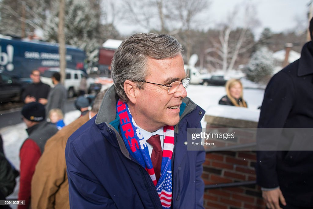 Republican presidential candidate <a gi-track='captionPersonalityLinkClicked' href=/galleries/search?phrase=Jeb+Bush&family=editorial&specificpeople=171487 ng-click='$event.stopPropagation()'>Jeb Bush</a> greets voters outside the polling place at Webster School on primary day February 9, 2016 in Manchester, New Hampshire. Candidates from both parties are making last-minute attempts to swing voters to their side on the day of the 'First in the Nation' presidential primary.