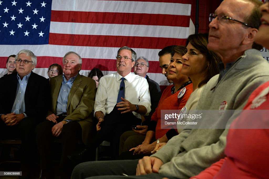 Republican Presidential candidate Jeb Bush prepares to speak at a town hall at Woodbury School February 7, 2016 in Salem, New Hampshire. Candidates are in a last push for votes ahead of the first in the nation primary on February 9.