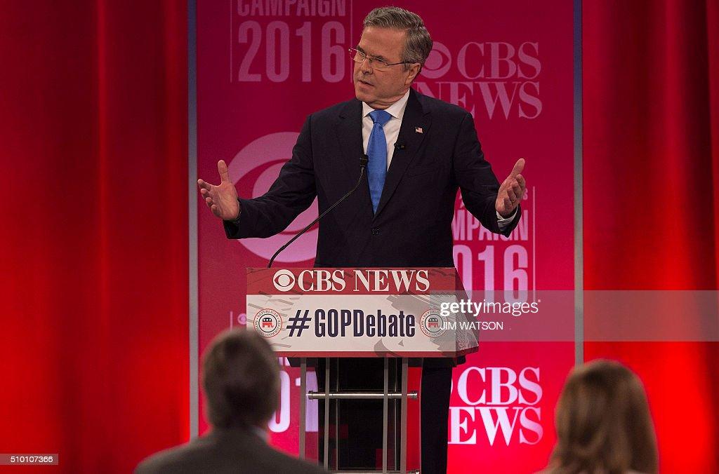 Republican presidential candidate Jeb Bush speaks during the CBS News Republican Presidential Debate in Greenville, South Carolina, February 13, 2016. / AFP / JIM WATSON
