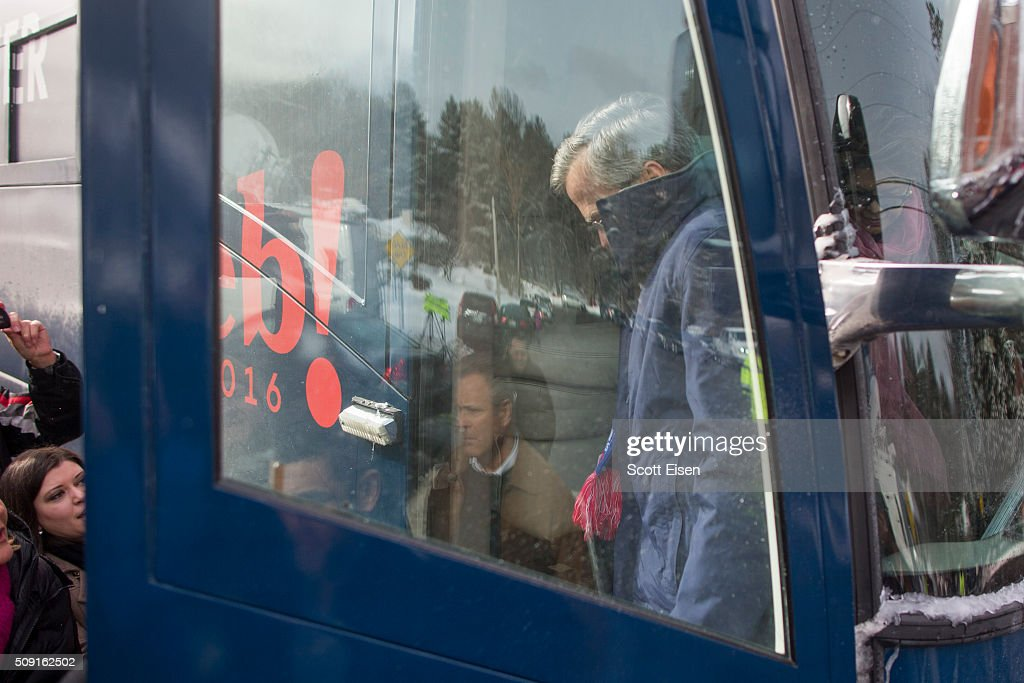 Republican presidential candidate Jeb Bush steps off his campaign bus outside the polling place at Webster School on primary day February 9, 2016 in Manchester, New Hampshire. Candidates from both parties are making last-minute attempts to swing voters to their side on the day of the 'First in the Nation' presidential primary.