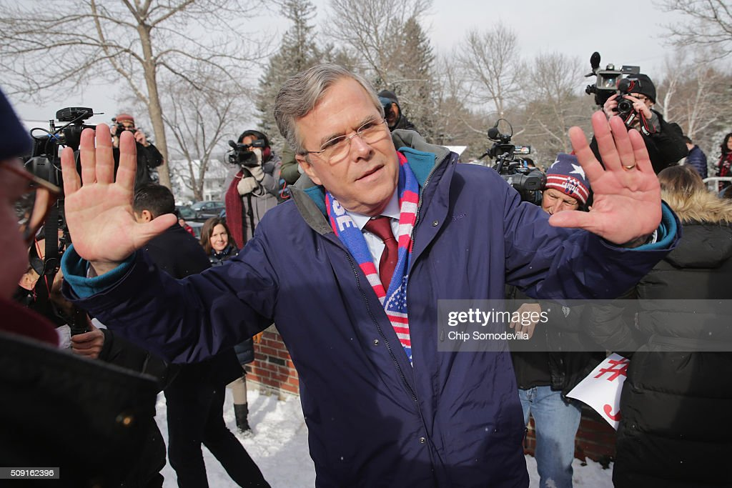 Republican presidential candidate <a gi-track='captionPersonalityLinkClicked' href=/galleries/search?phrase=Jeb+Bush&family=editorial&specificpeople=171487 ng-click='$event.stopPropagation()'>Jeb Bush</a> thanks his supporters outside the polling place at Webster School on primary day February 9, 2016 in Manchester, New Hampshire. Candidates from both parties are making last-minute attempts to swing voters to their side on the day of the 'First in the Nation' presidential primary.