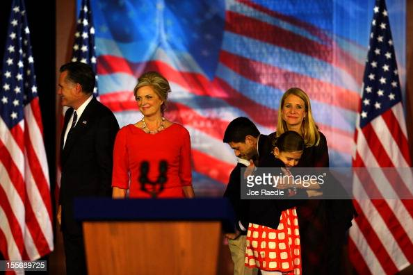 Republican presidential candidate Mitt Romney wife Ann Romney Republican vice presidential candidate US Rep Paul Ryan wife Janna Ryan and family walk...
