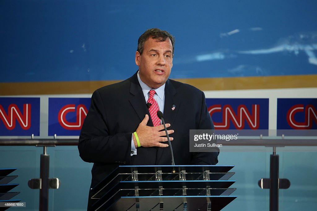 Republican presidential candidate New Jersey Gov Chris Christie takes part in the presidential debates at the Reagan Library on September 16 2015 in...