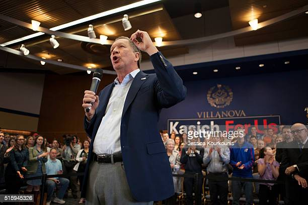 Republican presidential candidate Ohio Gov John Kasich speaks at a town hall meeting at Villanova University on March 16 2016 in Villanova...