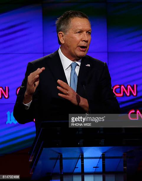 Republican Presidential candidate Ohio Governor John Kasich speaks during the CNN Debate in Miami on March 10 2016 / AFP / RHONA WISE