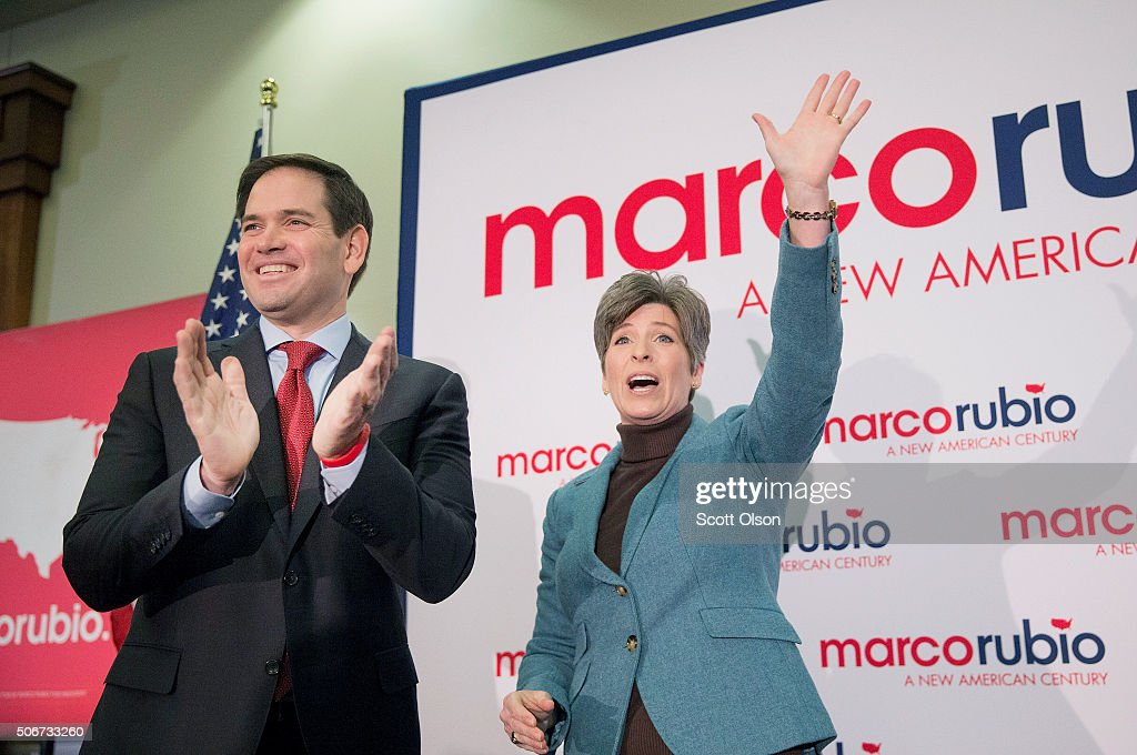 Republican presidential candidate Sen. Marco Rubio campaigns with Sen. Joni Ernst (R-IA) at a rally on January 25, 2016 in Des Moines, Iowa. Rubio is in Iowa trying to gain support in front of the states Feb. 1 caucuses. He is one of nine candidates seeking their party's nomination for president campaigning in Iowa today.