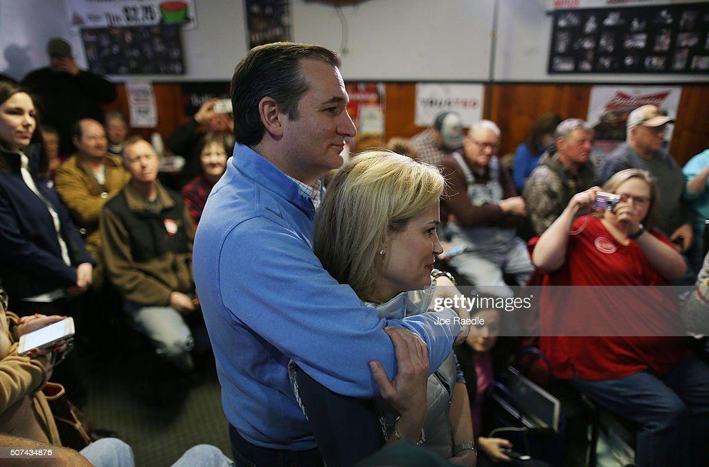 Ted Cruz Campaigns In Iowa Ahead Of Caucuses