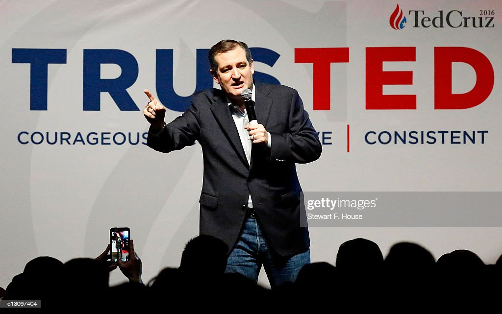 Republican presidential candidate Sen. <a gi-track='captionPersonalityLinkClicked' href=/galleries/search?phrase=Ted+Cruz&family=editorial&specificpeople=7222093 ng-click='$event.stopPropagation()'>Ted Cruz</a> (R-TX) speaks at a rally at Gilley's Dallas the day before Super Tuesday February 29, 2016 in Dallas, Texas. Candidates have spread themselves out over the U.S. in the lead up to Super Tuesday where twelve states will hold primary voting.
