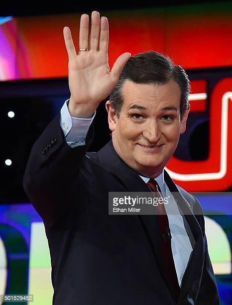 Republican presidential candidate Sen Ted Cruz waves as he is introduced during the CNN presidential debate at The Venetian Las Vegas on December 15...
