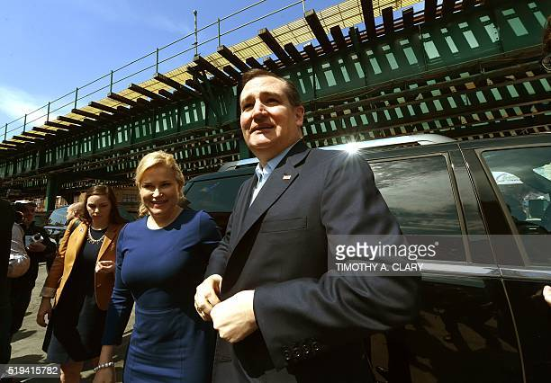Republican presidential candidate Ted Cruz and his wife Heidi visit the Sabrosura Restaurant in the Bronx section of New York on April 6 2016 Texas...