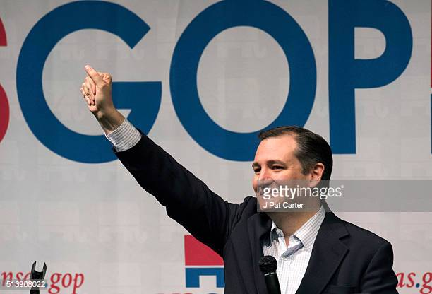 Republican presidential candidate Ted Cruz makes a speech at a campaign rally on March 5 2016 in Wichita Kansas Cruz said he has a list of government...