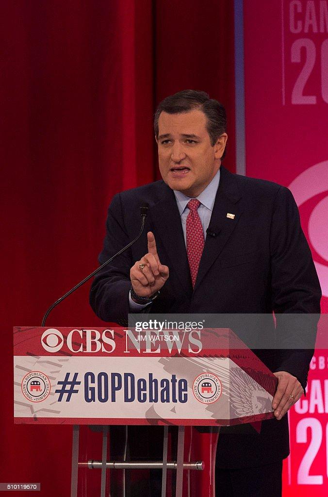 Republican presidential candidate Ted Cruz speaks the CBS News Republican Presidential Debate in Greenville, South Carolina, February 13, 2016. / AFP / JIM WATSON