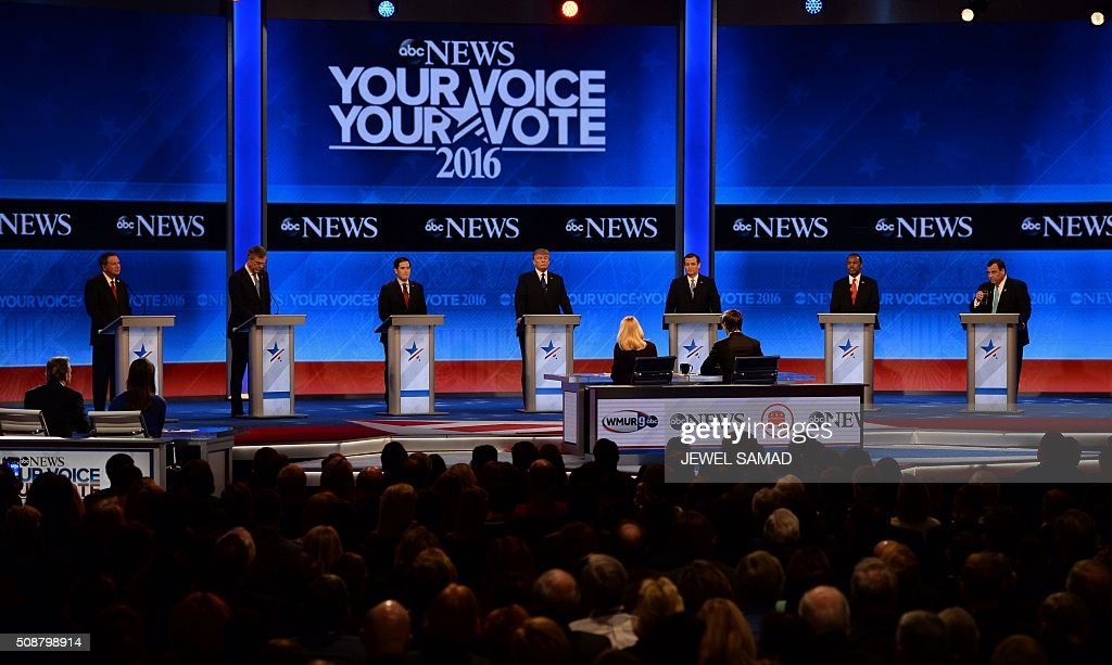 Republican Presidential candidates arrive for the Republican Presidential Candidates Debate on February 6, 2016 at St. Anselm's College Institute of Politics in Manchester, New Hampshire. From left are: John Kasich, Jeb Bush, Marco Rubio, Donald Trump, Ted Cruz, Ben Carson, and Chris Christie. Seven Republicans campaigning to be US president are in a fight for survival in their last debate Saturday before the New Hampshire primary, battling to win over a significant number of undecided voters. / AFP / JEWEL SAMAD