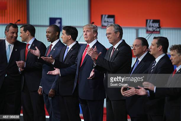 Republican presidential candidates New Jersey Gov Chris Christie Sen Marco Rubio Ben Carson Wisconsin Gov Scott Walker Donald Trump Jeb Bush Mike...