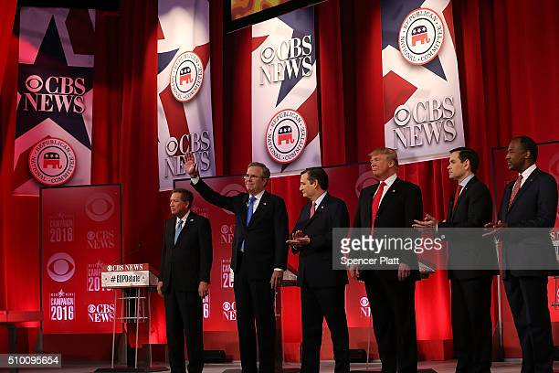 Republican presidential candidates Ohio Governor John Kasich Jeb Bush Sen Ted Cruz Donald Trump Sen Marco Rubio and Ben Carson participate in a CBS...