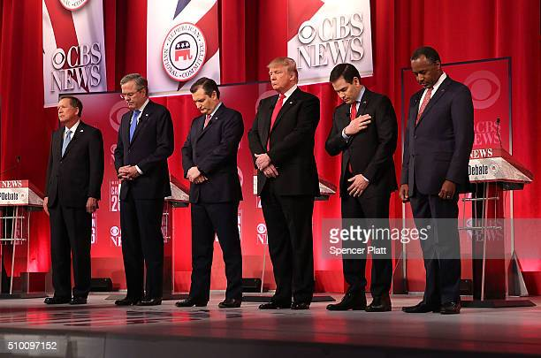 Republican presidential candidates Ohio Governor John Kasich Jeb Bush Sen Ted Cruz Donald Trump Sen Marco Rubio and Ben Carson participate in a...