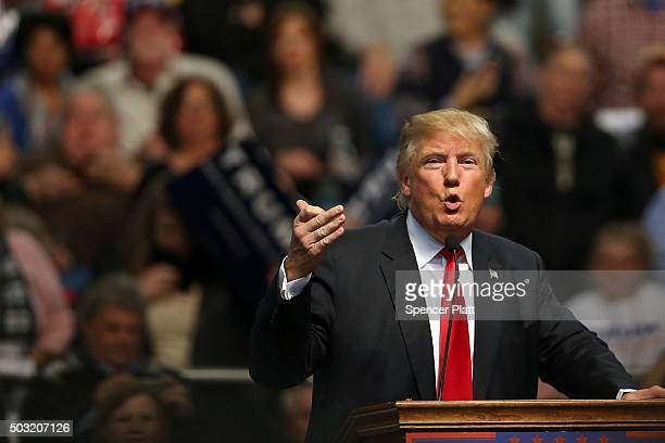 Republican presidential frontrunner Donald Trump speaks at the Mississippi Coast Coliseum on January 2 2016 in Biloxi Mississippi Trump who has...