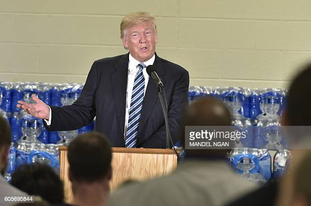 Republican presidential nominee Donald Trump speaks at the Bethel United Methedoist Church on September 14 2016 in Flint Michigan / AFP / MANDEL NGAN