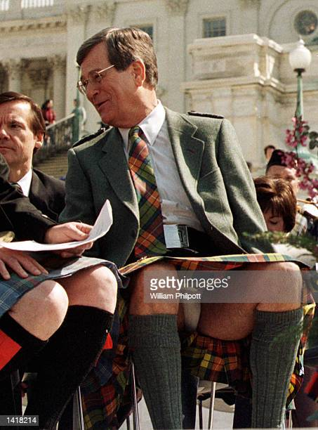 Republican Senate Majority Leader Trent Lott talks with an aide during a ceremony honoring ScottishAmericans April 6 2000 on the West Front Steps of...