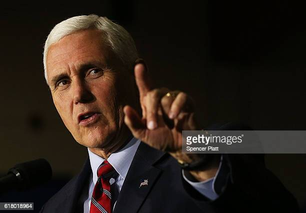 Republican Vice Presidential Candidate Mike Pence speaks at a rally on October 25 2016 in Marietta Ohio Ohio has become one of the key battleground...