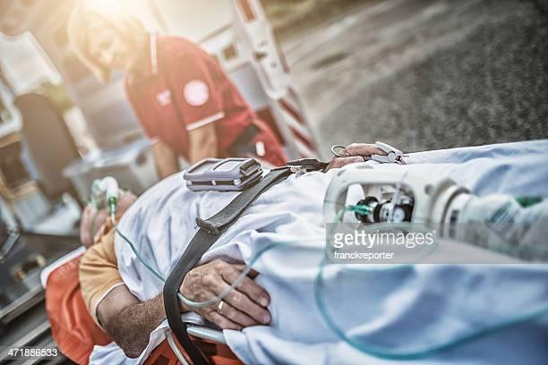 Équipe de sauvetage sauver des vies