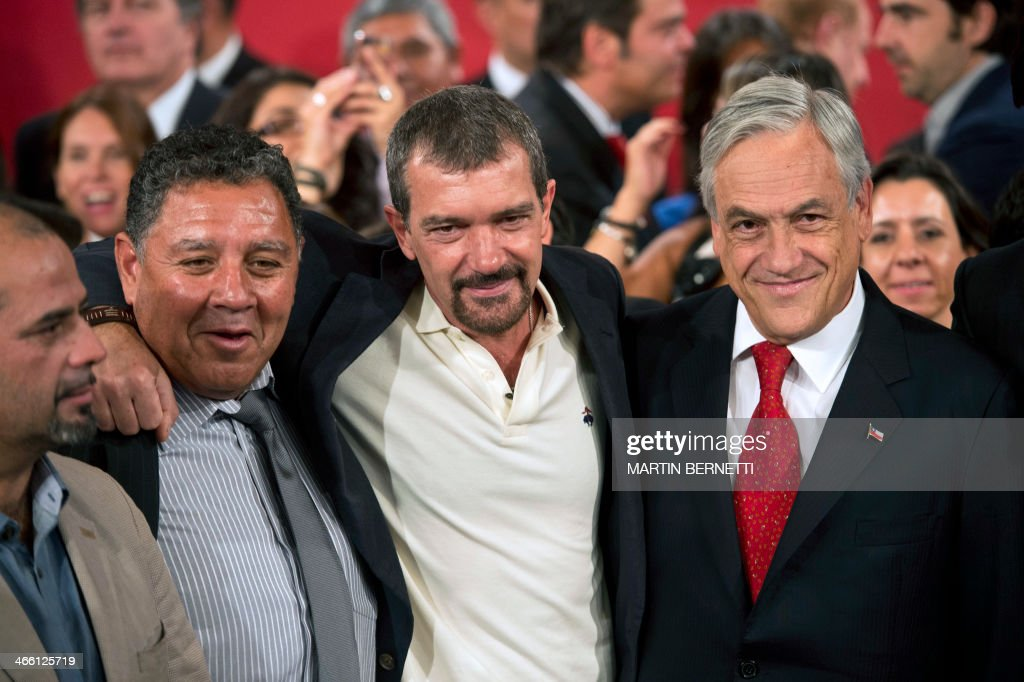 Rescued miner Mario Sepulveda Luis Ursua Spanish actor Antonio Banderas Chilean President Sebastian Pinera and Brazilian actor Rodrigo Santoro pose...