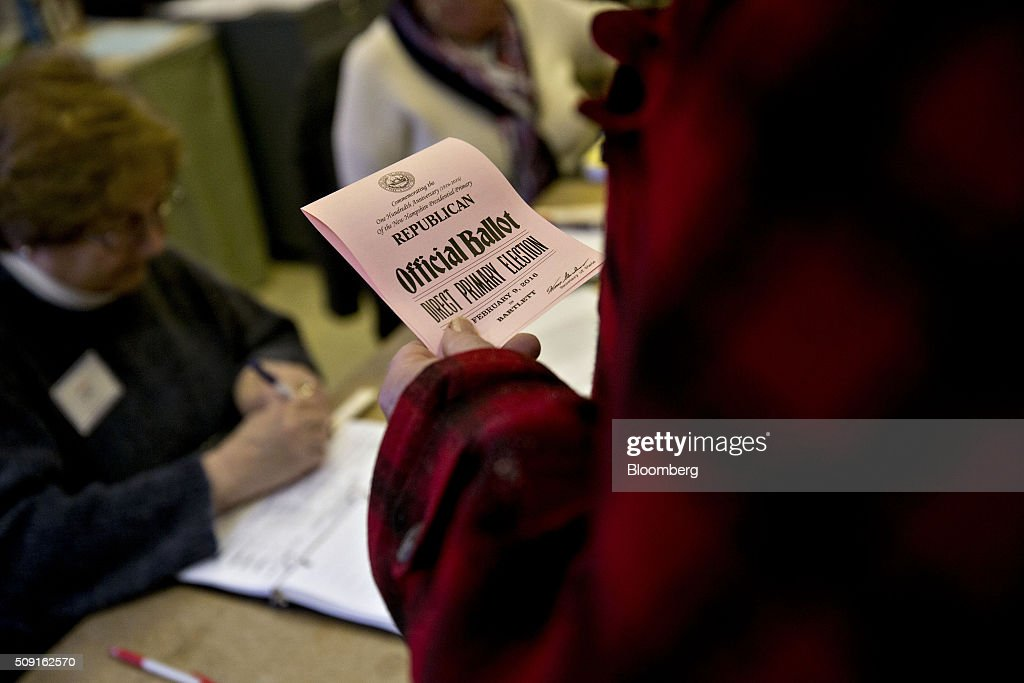 A resident holds a ballot before casting his vote at the Bartlett town hall during the first-in-the-nation New Hampshire presidential primary in Bartlett, New Hampshire, U.S., on Tuesday, Feb. 9, 2016. Polls suggest that Donald Trump maintains a dominant lead against his Republican rivals in New Hampshire ahead of today's primary. Photographer: Andrew Harrer/Bloomberg via Getty Images