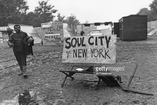 Residents from New York City set up camp at Resurrection City a three thousand person tent city on the Washington Mall set up as part of the Poor...