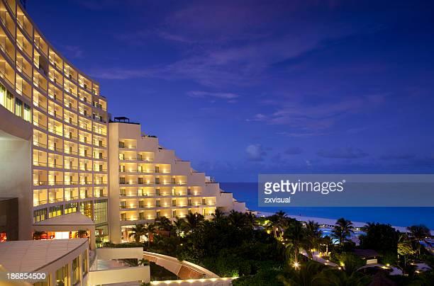 Resort bei Nacht