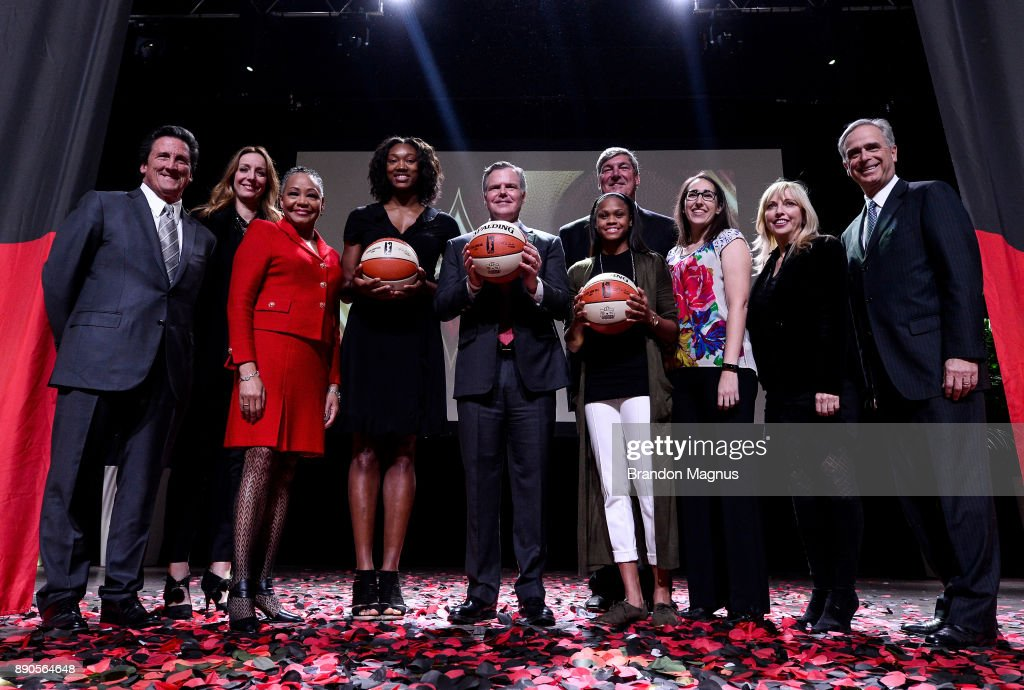 President of MGM Resorts International Bill Hornbuckle, President of the WNBA Lisa Borders, professional basketball player Kayla Janine Alexander, CEO of MGM resorts International Jim Murren, professional basketball player Moriah Jefferson, and head coach Bill Laimbeer pose for a picture during a news conference as the WNBA and MGM Resorts International announce the Las Vegas Aces as the name of their franchise at the House of Blues Las Vegas inside Mandalay Bay Resort and Casino on December 11, 2017 in Las Vegas, Nevada. In October, the league announced that the San Antonio Stars would relocate to Las Vegas and begin play in the 2018 season at the Mandalay Bay Events Center.