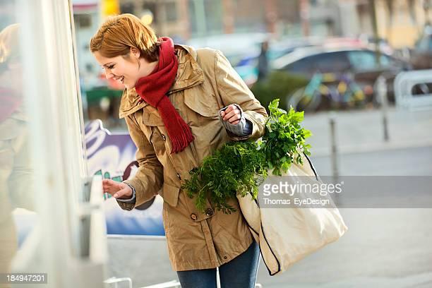 Responsible Shopper using a Reusable Grocery Bag
