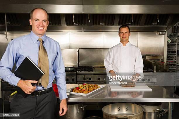 Restaurant Manager mit Chefkoch