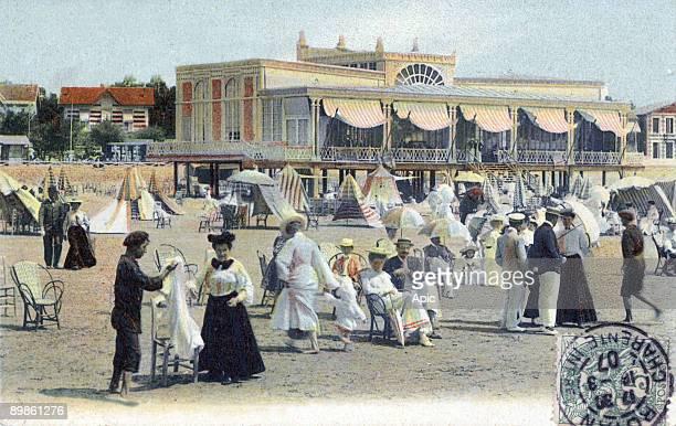 restaurant on the beach in Pontiac Royan France in 1907 postcard
