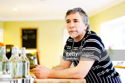 レストランのオーナー、思考