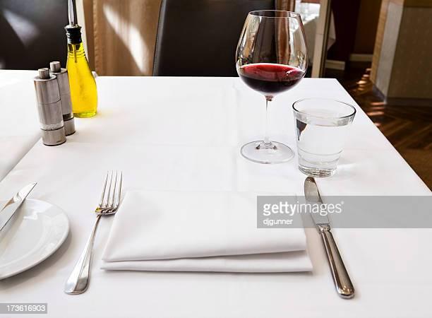 Restaurant-Tisch-Anordnung