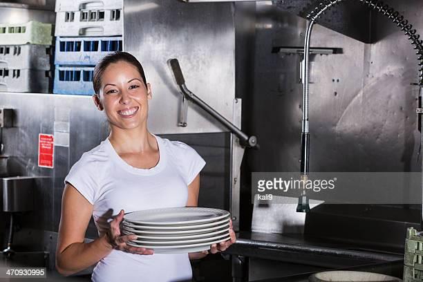 レストラン「キッチン」での作業