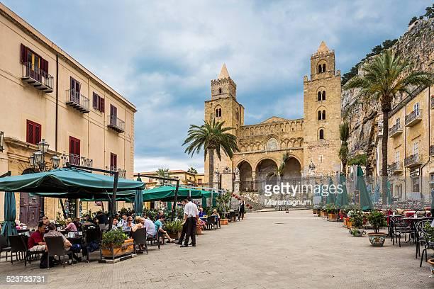 Restaurants in Piazza Duomo