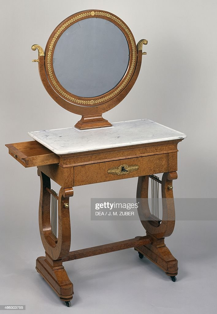 Restoration style (Louis XVIII) elm dressing table... Pictures ...