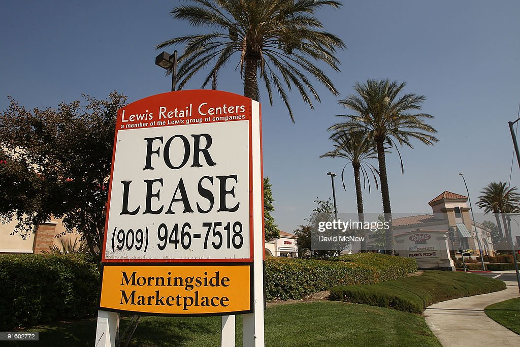 Retail space for lease in a shopping mall is advertised on October 8 2009 in Fontana California Third quarter reports indicate that US strip mall...
