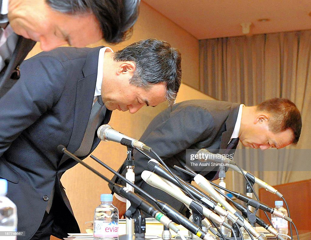H2O Retailing, which own Hanshin and Hankyu Department store Director and Executive Officer Katsuhiro Hayashi (C) bows for apology after admitting to falsely labeling food products at their three outlets during a news conference on November 11, 2013 in Tokyo, Japan. The latest menu mislabeling scandal surfaced late last month, when Hankyu Hanshin Hotels Co. announced that 47 food items served at its hotels, became a nationwide growing scandal that has sparked consumer outrage and prompted government calls for industry-wide investigations. Japan has no legislation stipulating clear standards for menu displays at restaurants, meaning that the companies did not necessarily violate the law.