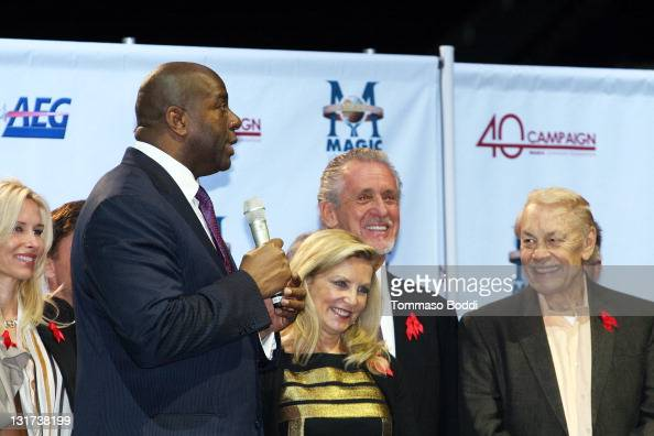 Retired basketball player Magic Johnson Chris Riley Pat Riley and Jerry Buss attend attend the 20th Anniversary Of The Magic Johnson Foundation Press...